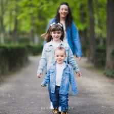 Sesión de familia y pareja en Madrid Parque del Retiro